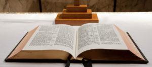 open-bible-11288023214vduX-1263x560